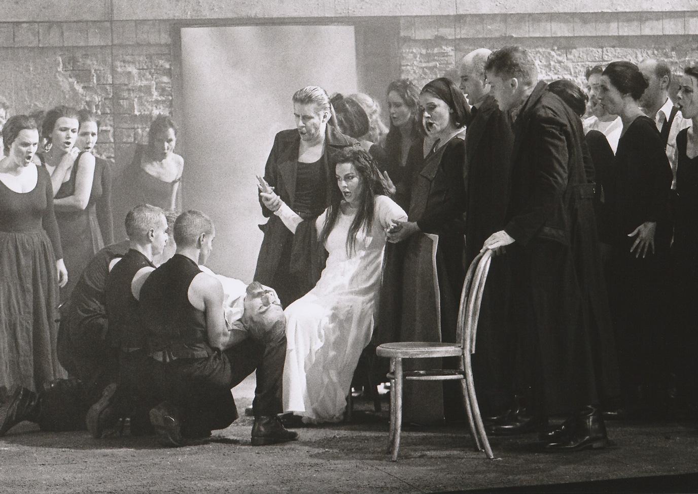 Operninszenierung Macbeth von Verdi / Staatstheater Wiesbaden